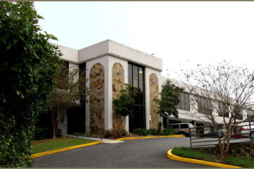 Crestbrook Plaza